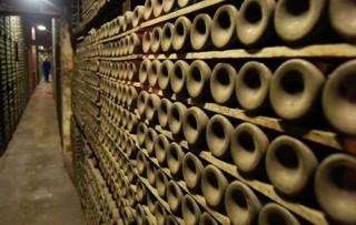 Wine-self-storage